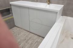 в-ванную-с-раковиной-из-искусственного-камня-Staron-SQ019-1-1