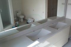 с-мойками-для-ванной-комнаты
