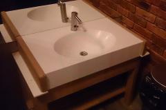 с-раковиной-для-ванной-комнаты