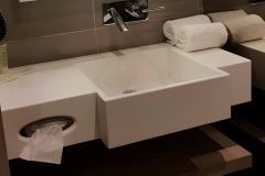 с-раковиной-из-искусственного-камня-для-ванной-комнаты-1-1