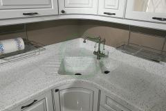 кухонная-с-мойками-из-акрилового-камня-Staron-1-2