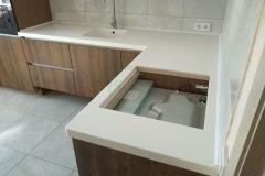 кухонная-с-мойкой-из-акрилового-камня-1-1